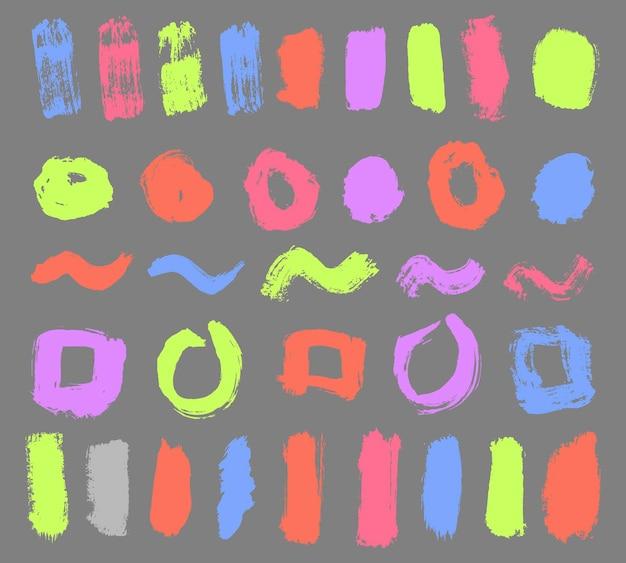 Brosses de détresse colorées, les rayures colorées sont dessinées à la main avec des marqueurs vecteur de coups de marqueur de brosse