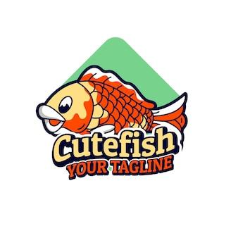 Bûche de mascottes mignonnes de poisson