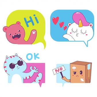 Bulles de messages mignons avec des autocollants de vecteur de personnages drôles fixés isolés.