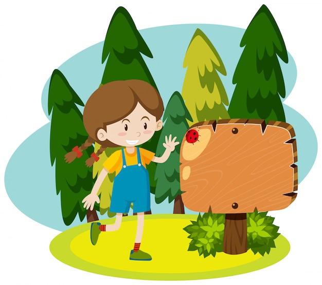 Cadre avec fille heureuse dans le parc