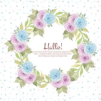 Cadre floral avec de belles roses pourpres et bleues