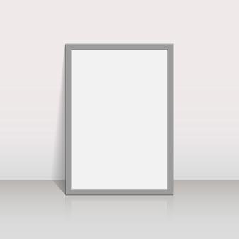 Cadre photo sur un mur blanc