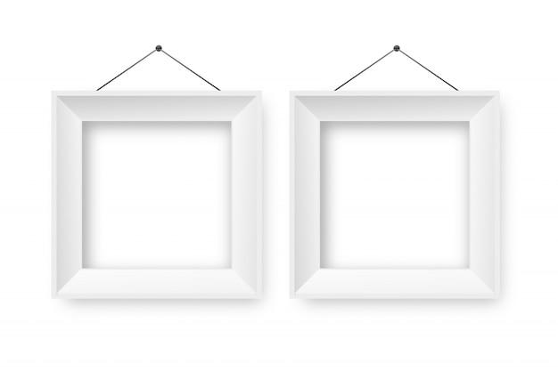 Cadres blancs en papier réaliste sur fond transparent pour la décoration et l'identité d'entreprise.
