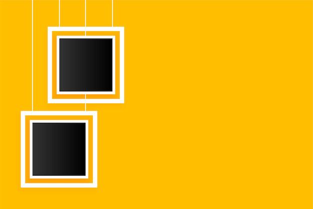 Cadres photo suspendus sur fond jaune