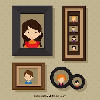 Cadres avec des photos de la famille