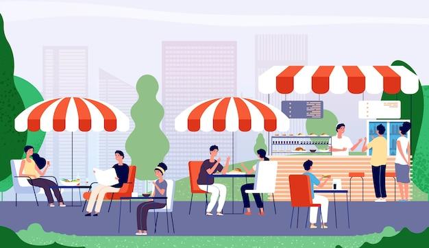 Café en plein air d'été