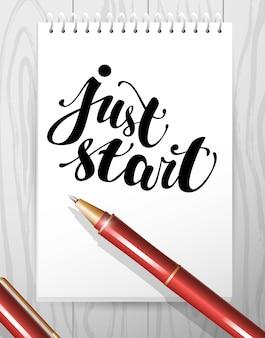 Cahier avec message texte écrit à la main et stylo rouge.
