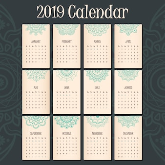 Calendrier 2019 avec une belle tête de mandala pour chaque mois