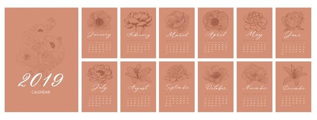 Calendrier mensuel avec des fleurs