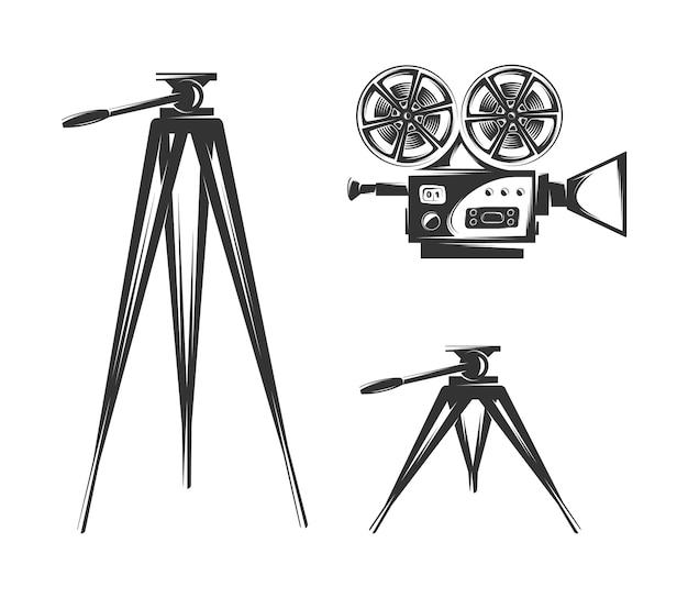 Caméra de cinéma isolée sur fond blanc