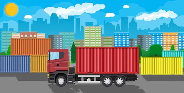 Camion de livraison de marchandises avec conteneur métallique.