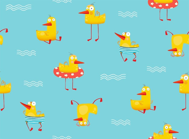 Canard jaune drôle nageant avec gonflable dans la piscine