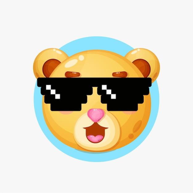 Caractère d'ours mignon portant des lunettes de pixel