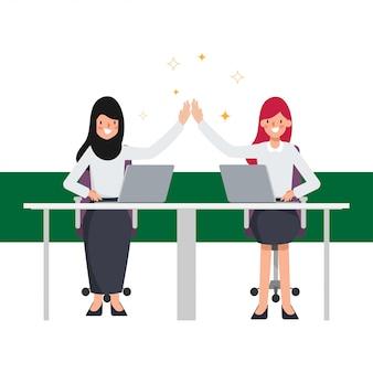 Caractère de travail d'équipe des personnes arabes d'affaires. les affaires réussissent dans le travail.