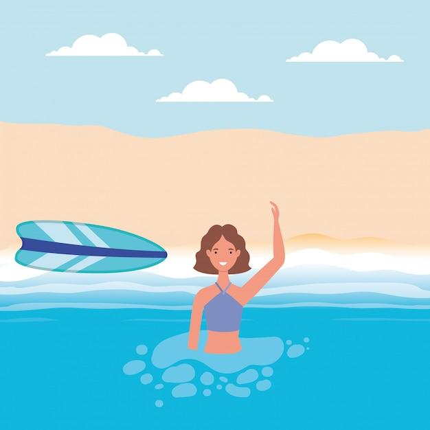 Caricature de fille avec maillot de bain dans la mer devant la conception de vecteur de plage