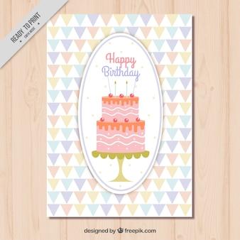 Carte d'anniversaire de gâteau avec triangles