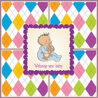 Carte d'annonce de bébé avec petit garçon