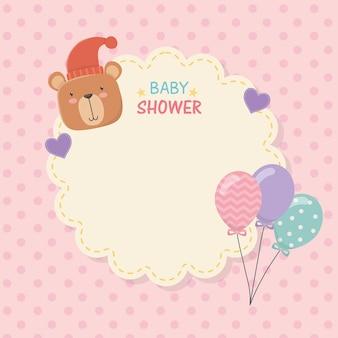 Carte de dentelle de douche de bébé avec peluche ours et ballons hélium