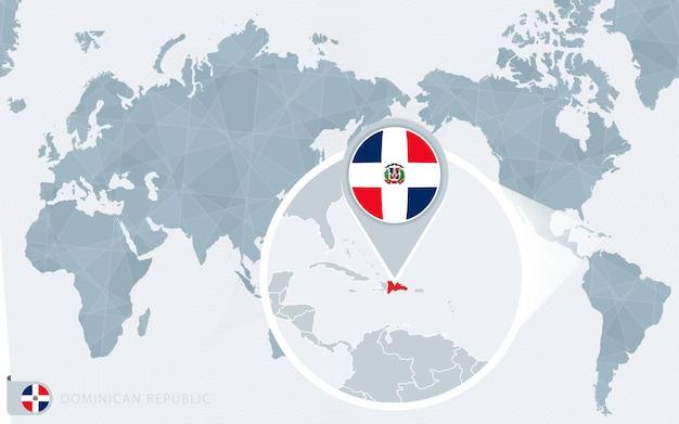 Carte du monde centrée sur le pacifique avec la république dominicaine agrandie. drapeau et carte de la république dominicaine.