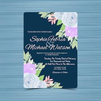 Carte d'invitation de mariage floral marine avec des roses bleues et succulentes