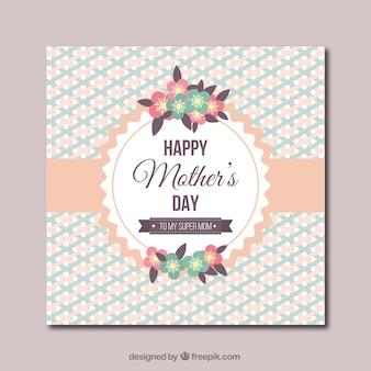 Carte de jour avec des fleurs mignonnes de la mère