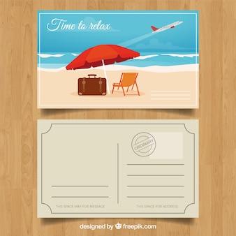 Carte postale de voyage d'été avec un design plat