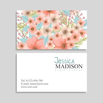 Carte de visite avec de belles fleurs. t