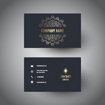 Carte de visite avec un design élégant de mandala