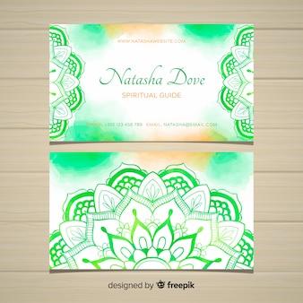 Carte de visite élégante et créative dans le style mandala