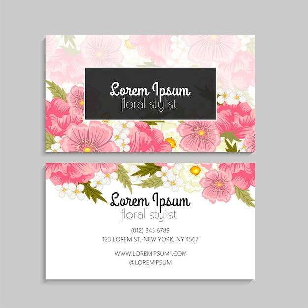 Carte de visite florale avec des fleurs roses