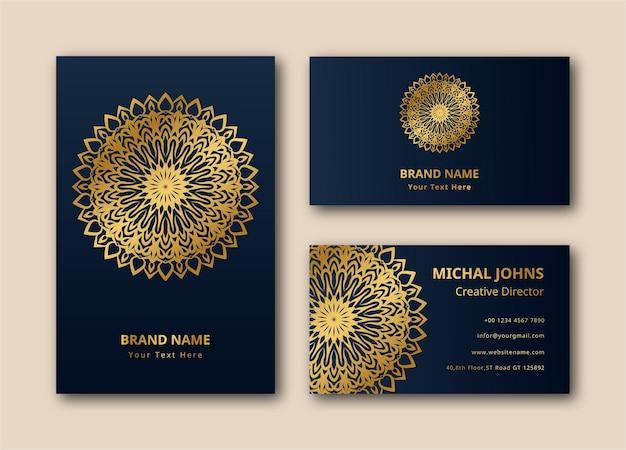 Carte de visite or avec fleur