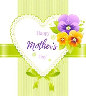 Carte de voeux de fête des mères heureuse avec fleur de pensée violette et coeur.