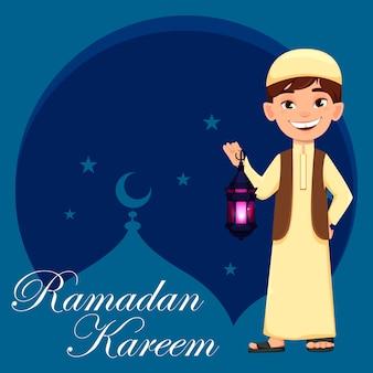 Carte de voeux ramadan kareem avec garçon arabe