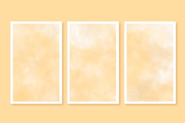 Cartes aquarelle sertie de nuages
