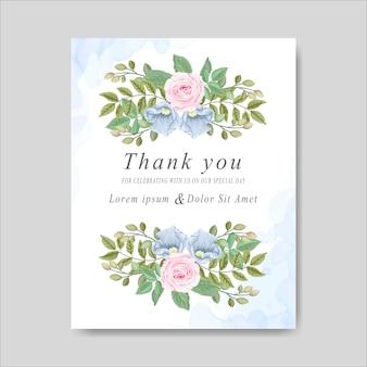 Cartes d'invitation de mariage avec de belles fleurs et feuilles