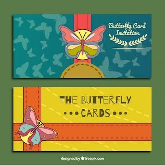 Cartes d'invitation avec des papillons mignons