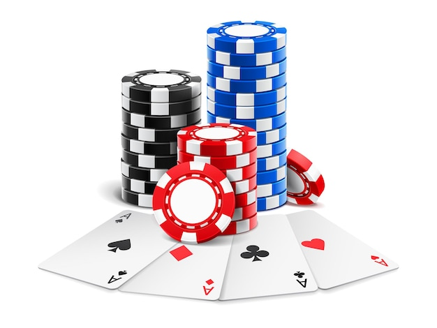 Cartes à jouer près de la pile de jetons de casino d