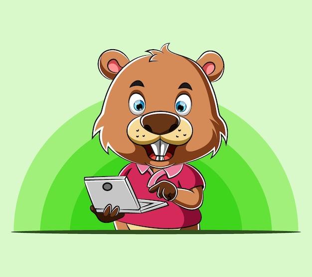 Castor de dessin animé debout et tenant son ordinateur portable pour la présentation