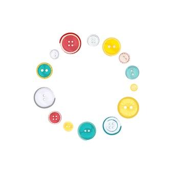 Cercle décoratif de boutons de couture sur blanc.