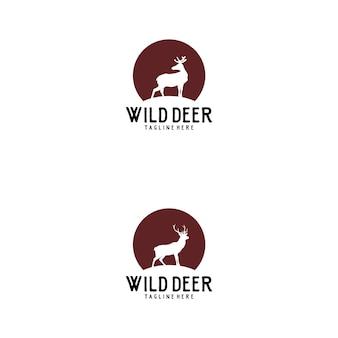 Cerf sauvage avec création de logo symbole lune