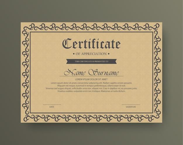 Certificat De Récompense De Style Classique Avec Cadre Vecteur Premium