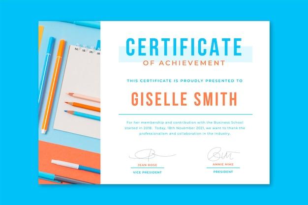 Certificats commerciaux avec photo et texte