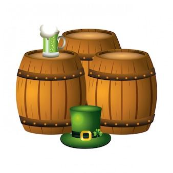 Chapeau de baril de bière et leprechaun