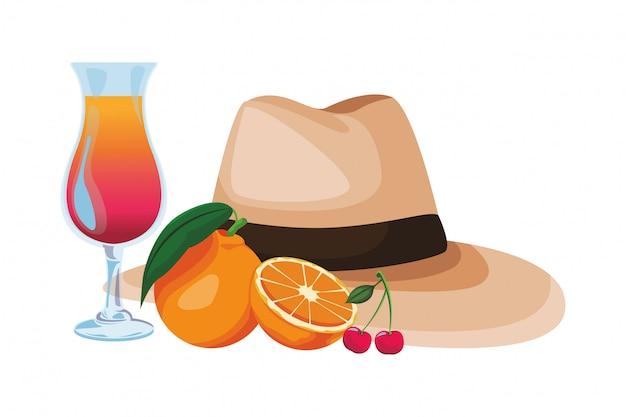 Chapeau panama avec cocktail