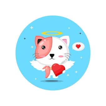 Chat cupidon mignon étreignant les coeurs d'amour