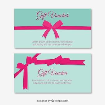 Chèque cadeau avec ruban rose décoratif