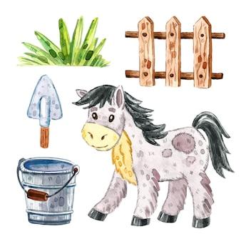 Cheval, clôture en bois pour bétail, herbe, seau, pelle. clipart animaux de ferme, ensemble d'éléments. illustration aquarelle.