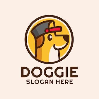 Chien de dessin animé porter une création de logo de chapeau