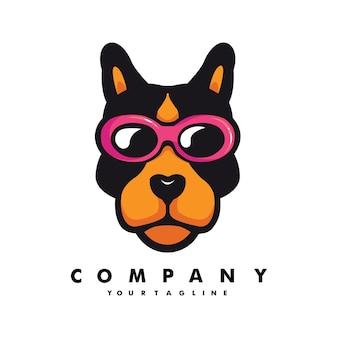 Chien portant des lunettes mascotte logo design illustration vecteur