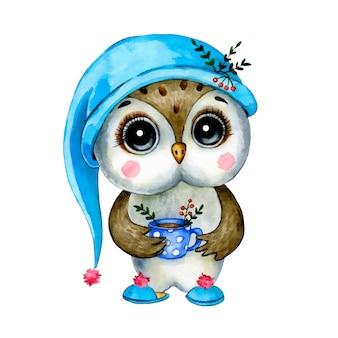 Chouette de forêt de dessin animé mignon dans un bonnet de nuit et des pantoufles avec une tasse de thé isolé